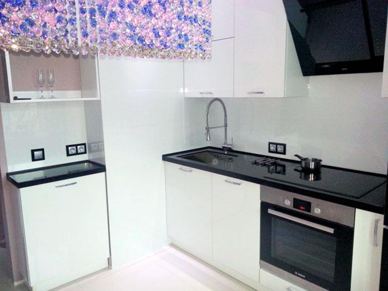 Крупная керамическая плитка для фартука на кухню 30*60 см