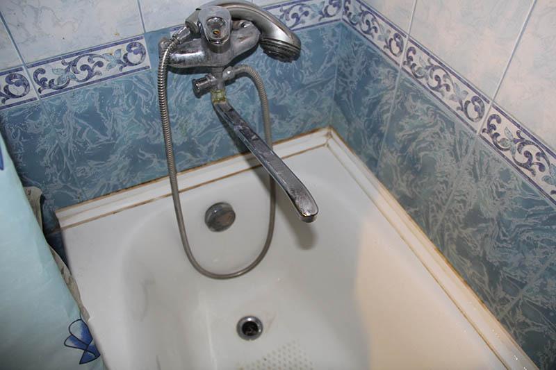 Как сделать углы в ванной из пластиковых  76