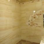 Кафель с разводами под натуральный камень Aranda Onice (Испания) — 1200 р/м².