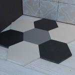 Чёрно-белая шестиугольная плитка от CottoVietri (Италия).