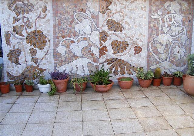 Как сделать мозаику из битых плиток 943