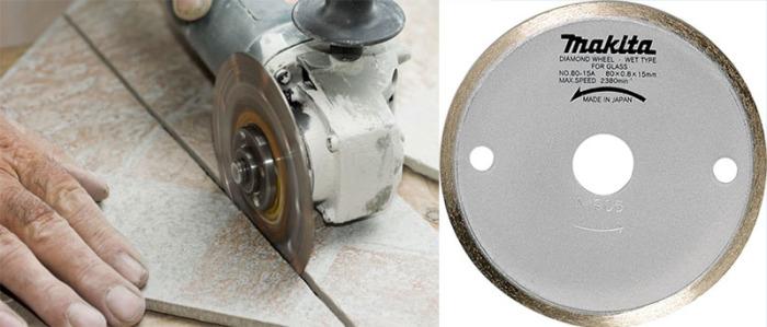 Болгаркой можно совершить подрезку любой формы и размера, подшлифовать угол под 45 градусов. Для работы нужен специальный диск по кафелю: гладкий и без отверстий.