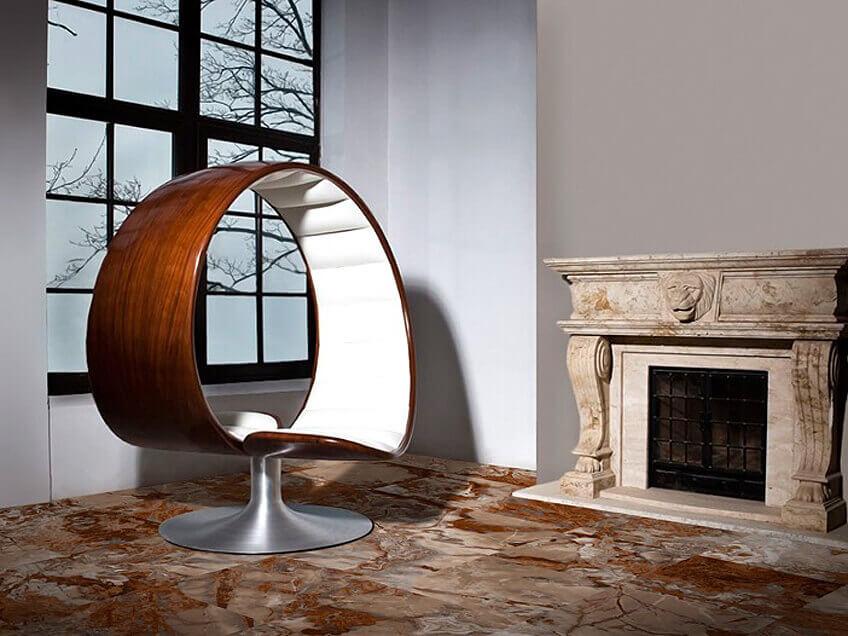 Полированный керамогранит под мрамор Kerlife Orion имеет формат 45х45 см и лучше всего подходит для пола в гостиной.